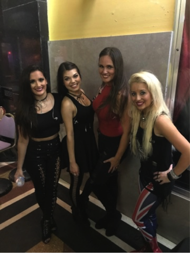 After the show, Chandra, Christina, Carissa and Nina enjoy a meet and greet with the fans